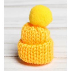 Желтый, шапочка вязяная с помпоном d3см SL