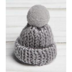 Серый, шапочка вязяная с помпоном d3см SL