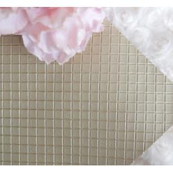 Золотой в квадратик, кожа искусственная 33х69(±1см) плотность 440 г/кв.м.