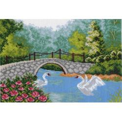 Пруд с лебедями, канва с рисунком для вышивки нитками 33х45см. Матрёнин посад