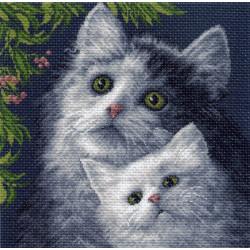 Кошка с котенком, канва с рисунком для вышивки нитками 41х41см. Матрёнин посад