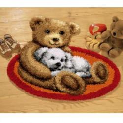Мишка и белый щенок, коврик для вышивания Vervaco (70 х 50,страмин)