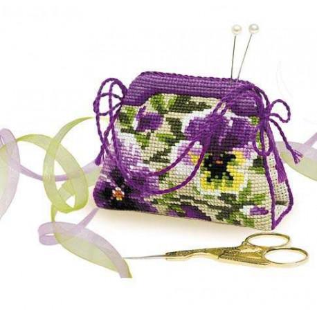 Игольница-сумочка Анютины глазки, набор для вышивания крестиком, 11х8см, нитки шерсть Safil 12цвето