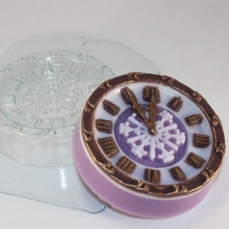 Часы новогодние, пластиковая форма для мыла 100г 80х80х23мм XD
