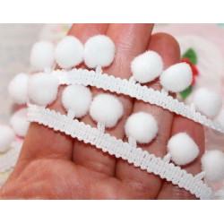 Белый, тесьма декоративная с помпонами 21мм 1м. BLITZ