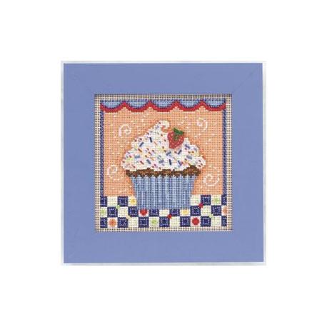 Шоколадное пирожное, набор для вышивания бисером и нитками на перфорированной бумаге, 13х13см