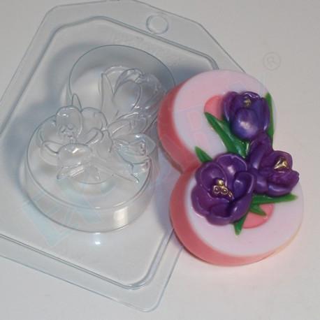 8 Марта/Крокусы по диагонали, пластиковая форма для мыла 90г 88х59х29мм XD