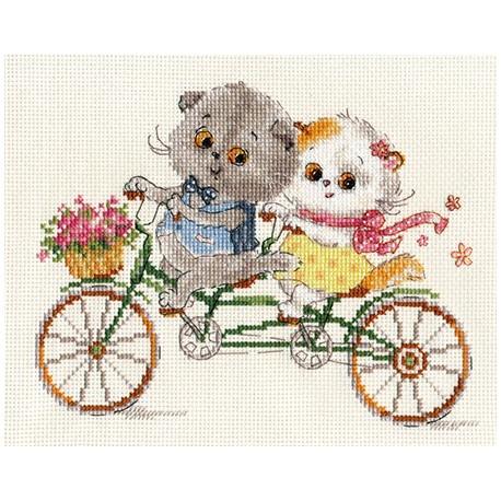 Басик и Ли-Ли. Счастливый день, набор для вышивания крестиком 20х15см 24цвета Алиса