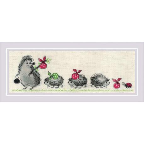 Ежики, набор для вышивания крестиком 24х8см мулине хлопок Anchor 7цветов Риолис