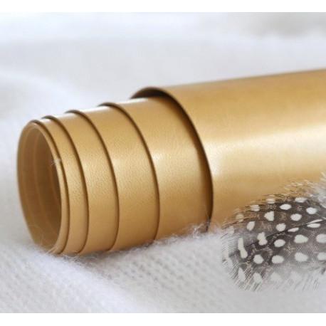 Золотой, переплетный кожзам для скрапбукинга 33х70(±1см) Италия
