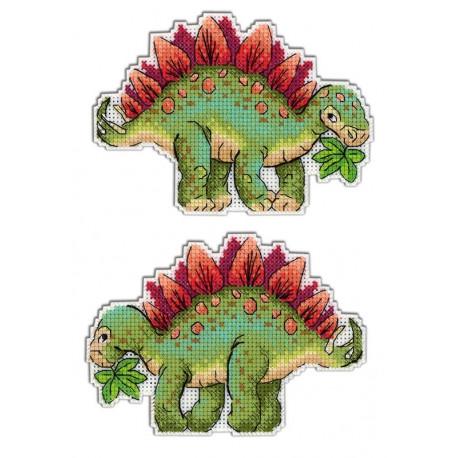 Стегозавр.Динозавры, набор для вышивания крестиком на пластиковой канве 9х13см,16цветов Жар-птица