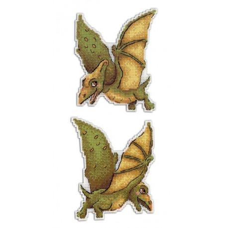 Птеродактиль.Динозавры, набор для вышивания крестиком на пластиковой канве 12х9см 9цветов Жар-птица