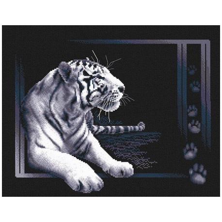 Белый тигр, набор для вышивания крестиком 40х32см 7цветов Panna