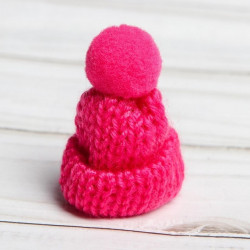 Розовый, шапочка вязяная с помпоном d3см SL