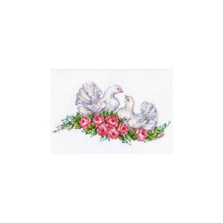 Голубки, набор для вышивания крестиком, 26х14см, 20цветов Алиса