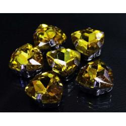 Желтый треуголные, стразы стеклянные в серебрянных цапах 12мм 3шт Астра