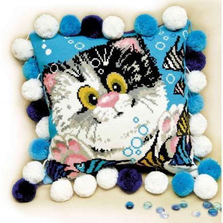 Подушка Котёнок, набор для вышивания крестиком, 30х30см, нитки шерсть Safil 12цветов Риолис
