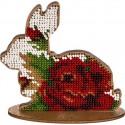Кролик с розой, набор для вышивания бисером на перфорированной основе двп 10х10см 8цв ВС