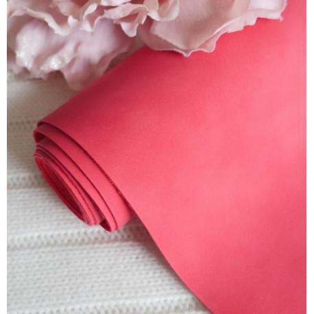 Красный, кожзам Soft touch для скрапбукинга 33х70(±1см) толщина 0,8мм
