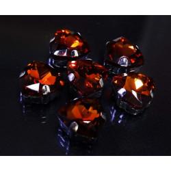 Янтарный треугольные, стразы стеклянные в серебряных цапах 12мм 3шт Астра