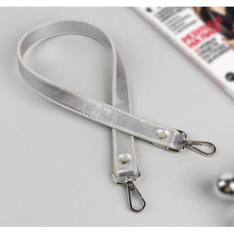 Серебряный, ручка для сумки кожзам с двумя карабинами 60х2см SL