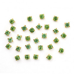 Зеленый круглые, стразы стеклянные в золотых цапах 4мм 29-30шт Астра