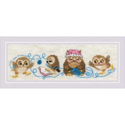 Семейка сов, набор для вышивания крестиком 24х8см мулине хлопок СПб 8цветов Риолис
