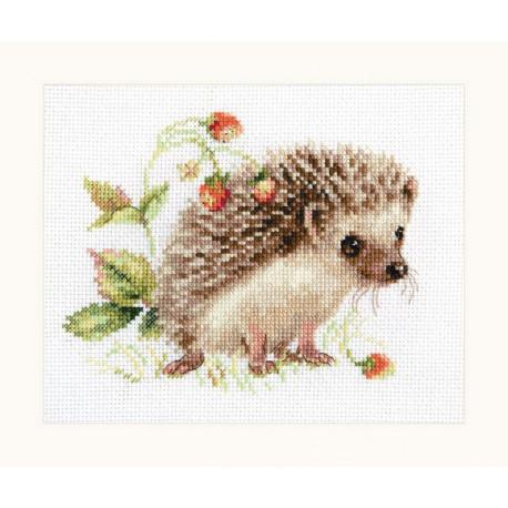 Ежик и земляника, набор для вышивания крестиком 16х12см 20цветов Алиса