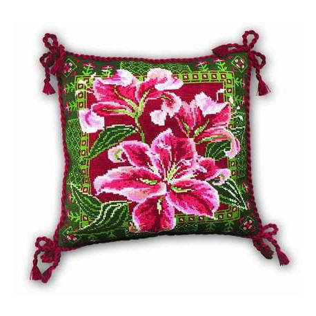 """Подушка """"Лилии"""", набор для вышивания крестиком, 40х40см, нитки шерсть Safil 9цветов Риолис"""