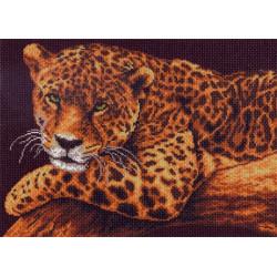 Леопард на ветке, канва с рисунком для вышивки нитками 33х45см. Матрёнин посад