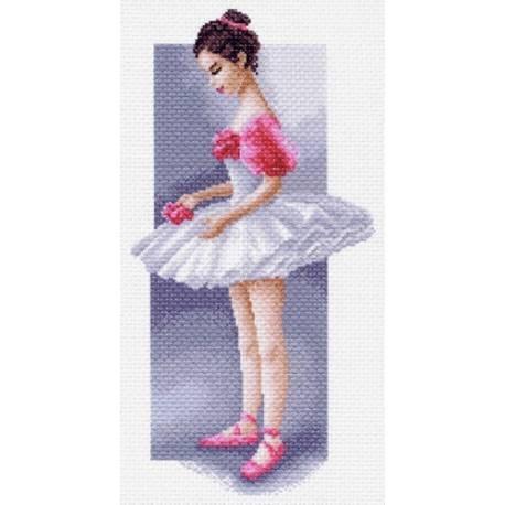 Маленькая балерина, канва с рисунком для вышивки нитками 37х49см. Матрёнин посад